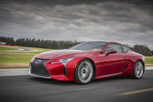 Lexus z nowym sportowym Coupe