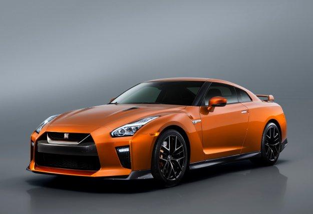Tegoroczne lato będzie gorące nadjeżdża nowy Nissan GT-R