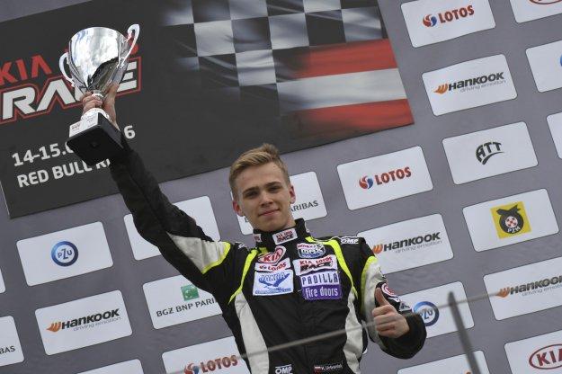 Karol Urbaniak nie odpuszcza kolejne dwie wygrane młodego kierowcy