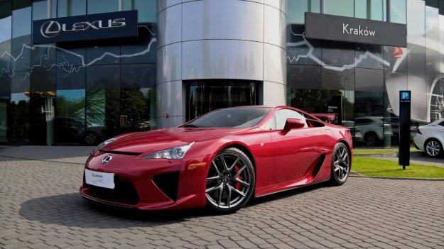 Wyjątkowy Lexus do kupienia za 2.8 miliona złoty