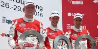 www.moj-samochod.pl - Artykuďż˝ - Audi TT Cup podczas 24 godzinnego wyścigu na Nurburgring