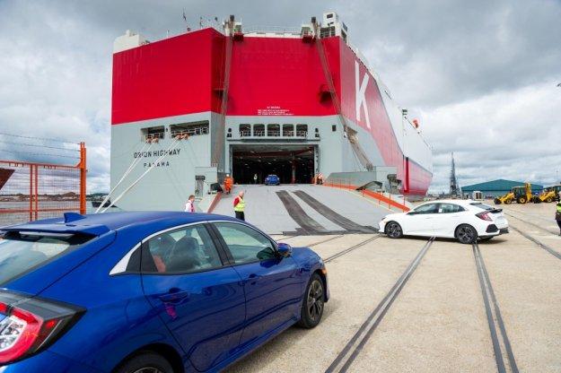 Nowa 5 drzwiowa Honda Civic w drodze do USA