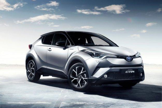 Toyota przeciera szlaki w sprzedaży nowych samochodów