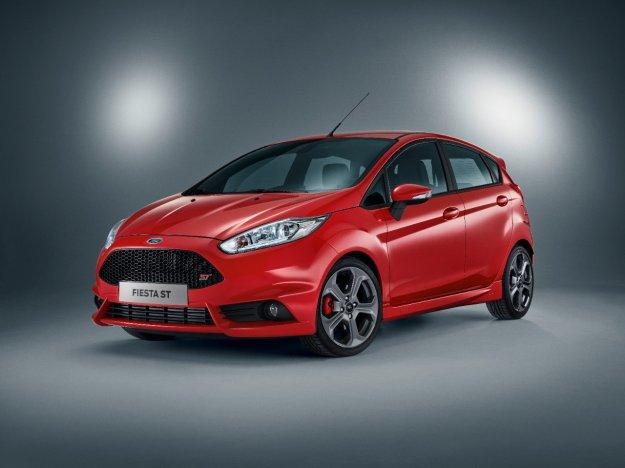 Usportowione Fordy sprzedają się coraz lepiej