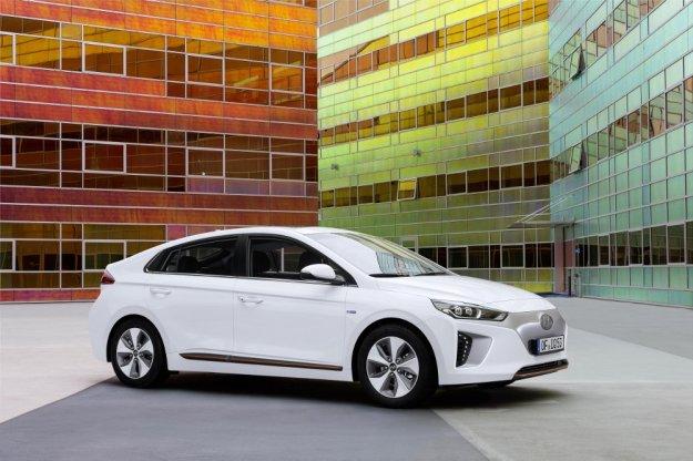 Pierwszy elektryczny Hyundai już w kwietniu