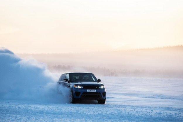 Range Rover Sport SVR szybki nie tylko na asfalcie