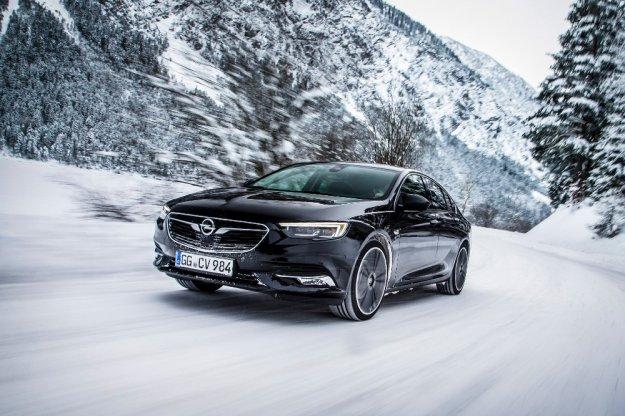 Nowy Opel Insignia Grand Sport gotowy na zimę