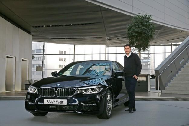 Nowe BMW serii 5 dostarczane jest już do pierwszych klientów
