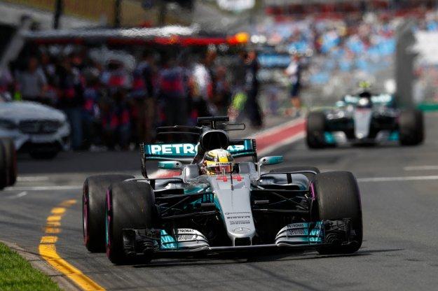 F1 Australia kwalifikacje, Vettel rozdzielił Mercedesa