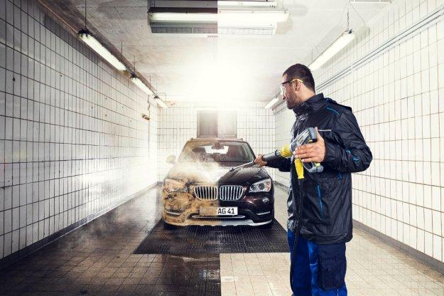 Mniej męczące mycie samochodu dzięki Easyforce