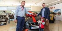 www.moj-samochod.pl - Artykuďż˝ - Pierwszy nowy Nissan Micra w rękach klienta