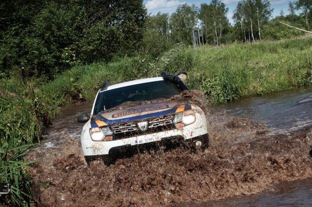 Dacia Duster Elf Cup po trzeciej rundzie Safari