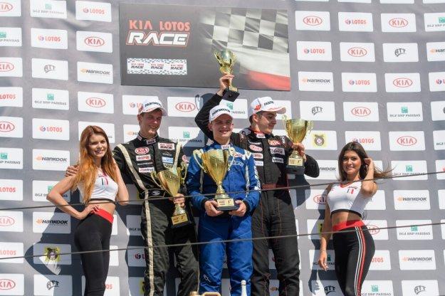 Kamil Serafin utrzymał prowadzenie w Kia Lotos Race