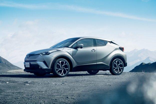 Klienci Toyoty i Lexusa wybierają coraz częściej auta hybrydowe