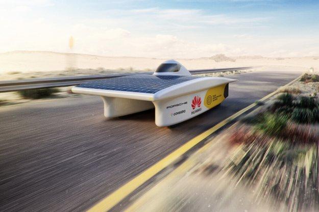 Porsche wspiera zespół biorący udział w wyścigach solarnych