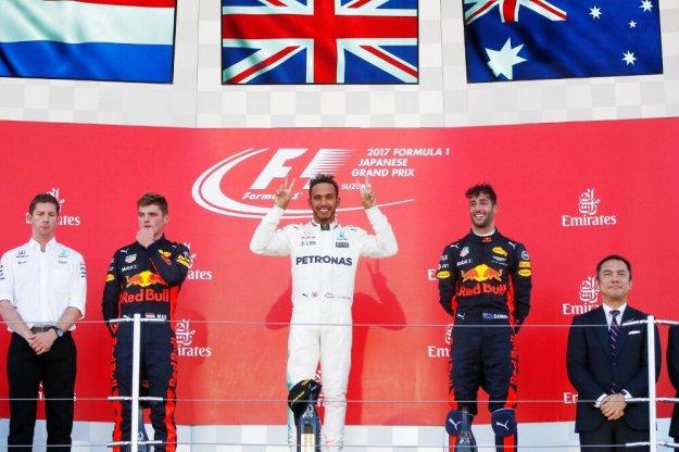 F1 Japonia, Hamilton coraz bliżej tytułu