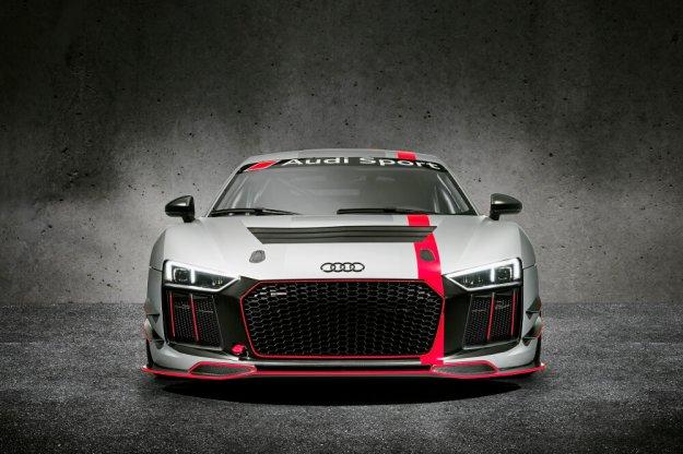 Torowy Audi R8 LMS GT4 w sprzedaży