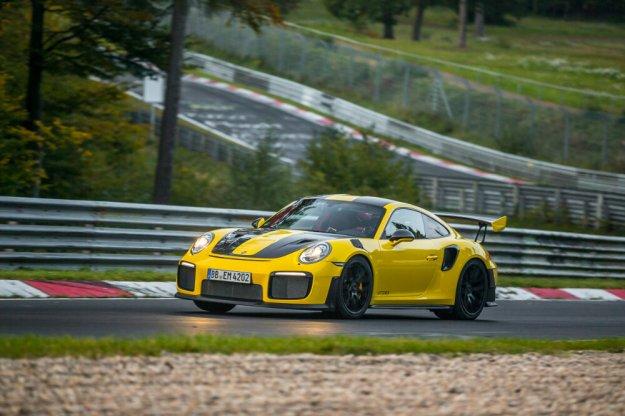 Porsche z nowym rekordem okrążenia na popularnym torze
