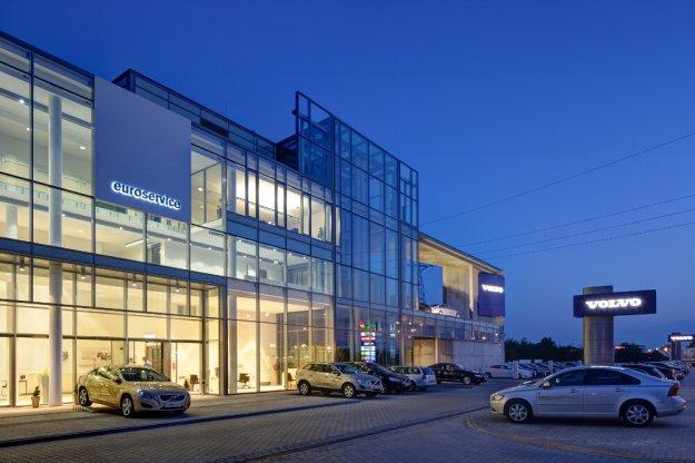 Kup Volvo S90 i wyjedź do Szwecji