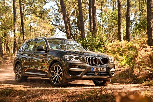 BMW X3 wjeżdża do Polski