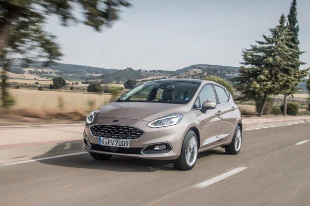 Ford na targach Fleet Market z dużą dawką mocy