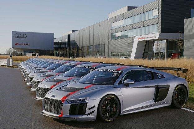 Nowe Audi R8 LMS GT4 już u pierwszych klientów