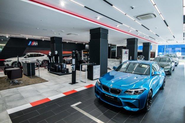 BMW M rośnie w siłę  i otwiera nowe ekskluzywne salony