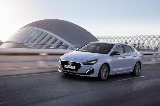 Hyundai i30 Fastback już od 77 000 zł