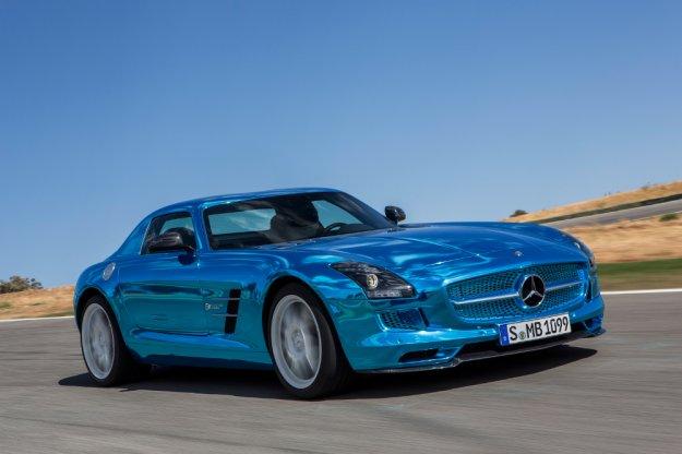 Elektryzujący Mercedes - nowy SLS AMG