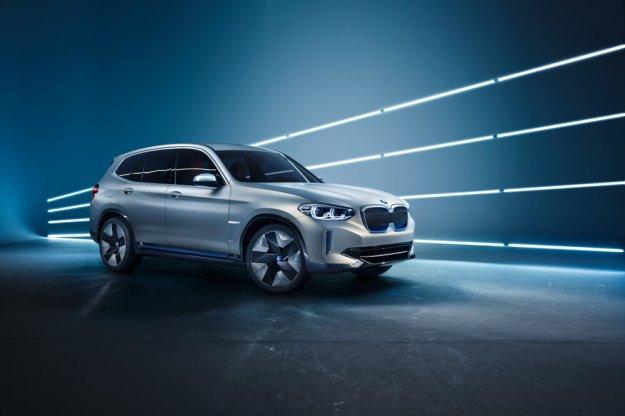 BMW zaprezentowało elektryczny wyżej zawieszony model