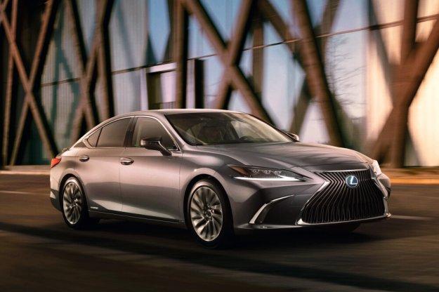 Lexus ES teraz także w Europie