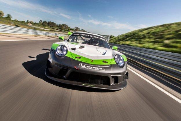 Porsche 911 GT3 RS w wersji na tor wyścigowy