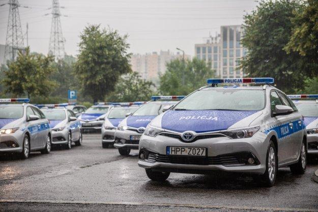 Toyota Auris TS z napędem hybrydowym dla Policji