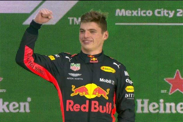 Lewis Hamilton zdobywa piąty tytuł po wyścigu w Meksyku
