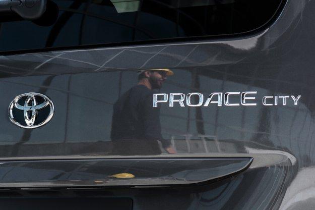 Toyota prezentuje nową wersję modelu PROACE