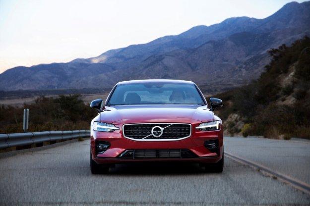 Nowe Volvo S60 już od 165 000 zł