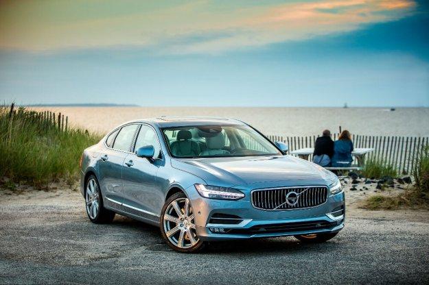 Sedany szwedckiego Volvo trzymają cenę