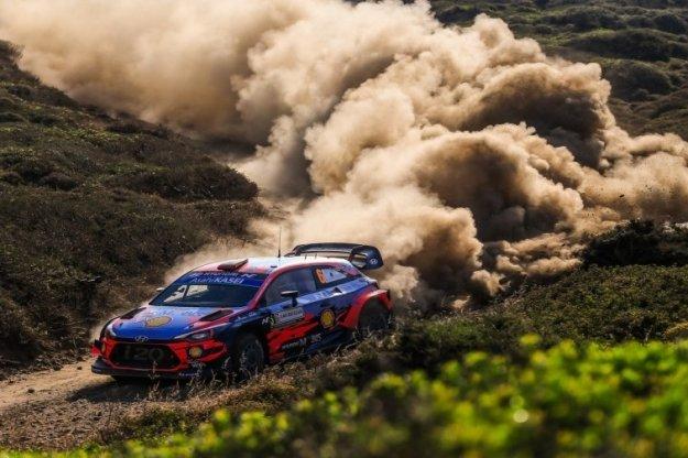 WRC Włochy - cztery rajdowe dni za nami