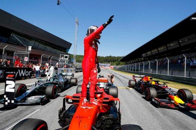 Kwalifikacje do wyścigu w Austrii pełne kar