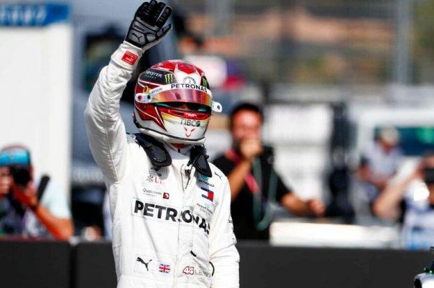 Hamilton rozpocznie w Niemczech z pole position