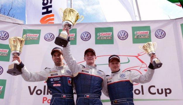Volkswagen Castrol Cup po pierwszych wyścigach
