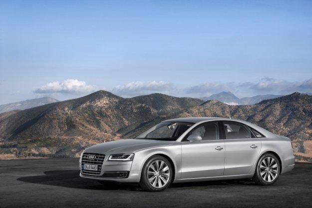 Audi A8 - sportowy luksus z nowym trendem