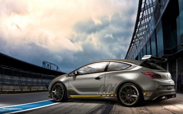 Opel Astra OPC to za mało czas na wersje EXTREME