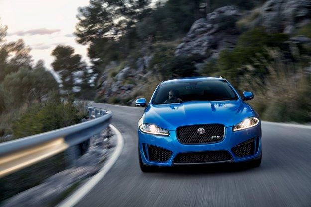 Jaguar z nową, bardziej agresywną wersją XF'a Sportbreaka