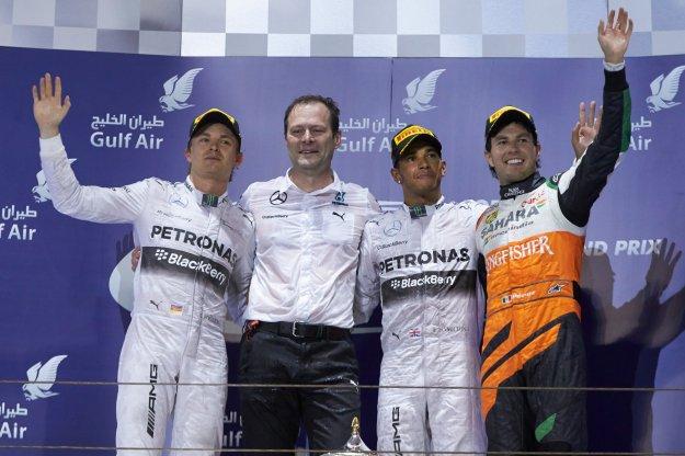 Podwójny cios Mercedesa, Vettel i inni bezradni w Bahrajnie