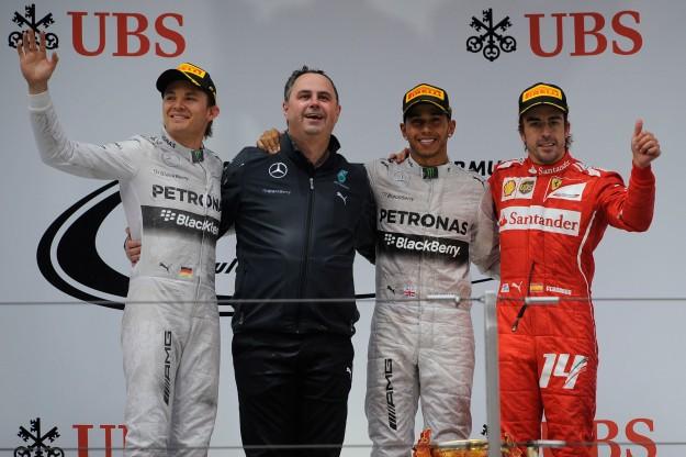 Chiny dla Mercedesa, kolejna podwójna wygrana