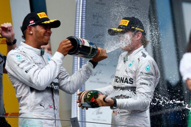 Mercedes po raz kolejny górą, Red Bull z problemami