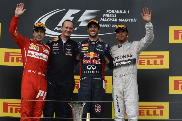 Wodna bitwa Formuły 1 na torze w Węgrzech