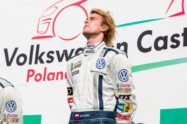 Pierwsza wygrana Polaka w tegorocznym VW Castrol Cup