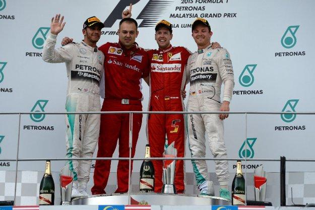 Taktyka nad techniką, GP Malezji dla Ferrari